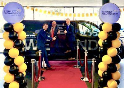 Ballonnenpilaren Renault Nieuwendijk