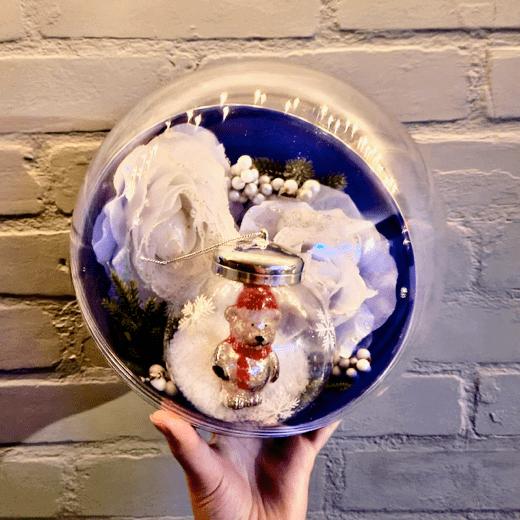 Transparante Vulbare KerstBal in Hand